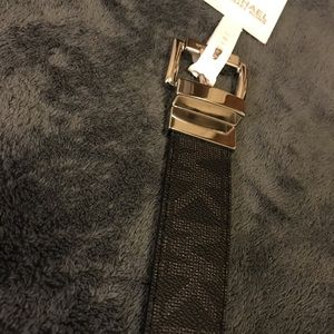 🖤NWT Michael Kors Reversible Belt🖤